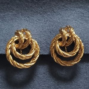 Avon Rope Knot Gold Tone Clip On Earrings